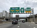 2018-07-21 17 35 40 View south along Interstate 95, U.S. Route 1, U.S. Route 9 and U.S. Route 46 (Bergen-Passaic Expressway) at Exit 72 (New Jersey State Route 4, U.S. Route 1, U.S. Route 9, U.S. Route 46) in Fort Lee, Bergen County, New Jersey.jpg