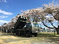 4月の桜と自衛隊 (33638478694).jpg