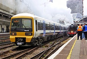 465174 leaving London Victoria (27244523631).jpg