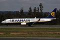 737 Ryanair EI-EBX 01.jpg