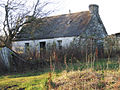 Abandoned croft near Knockfarrel.jpg