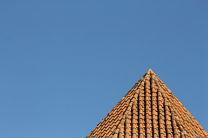 Albanian church roof in Shaki.jpg