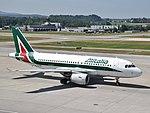 Alitalia Airbus A319-111 - EI-IMS (ZRH) (19656294274).jpg