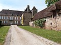Allée au château de la Rauze.jpg