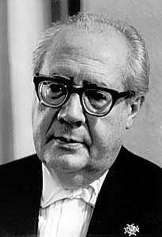 Andrés Segovia - Image: Andrés Segovia (1963) by Erling Mandelmann