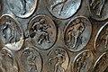 Anfora di baratti, argento, 390 circa, medaglioni, 50 suonatori.JPG