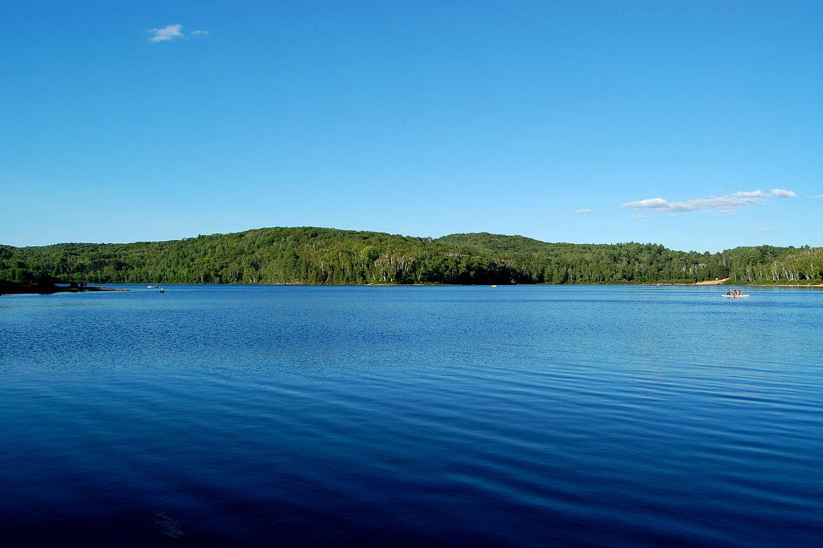 Arrowhead Provincial Park - Wikipedia