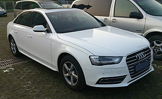 FAW-Volkswagen - Image: Audi A4L B8 facelift 2 China 2013 02 27