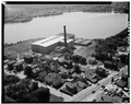 August 1968 AERIAL VIEW -5, LOOKING SOUTH - Charlton Mill, Howe and Crawford Streets, Fall River, Bristol County, MA HABS MASS,3-FALL,8-5.tif