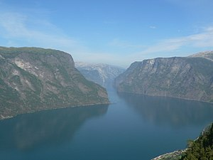 Sogn og Fjordane - Image: Aurlandsfjorden