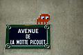 Avenue de La Motte-Picquet - Space Invader.jpg