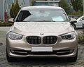 BMW 535i GT (F07) front 20101016.jpg