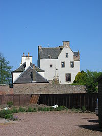 Ballencrieff Castle.jpg