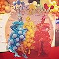 Balloon human statues (48228291606).jpg