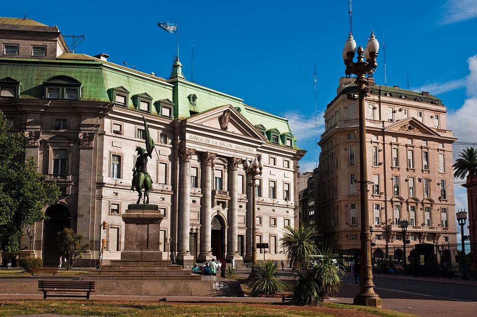 Banco de la Nación Argentina, Buenos Aires, 29th. Dec. 2010 - Flickr - PhillipC