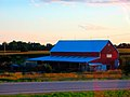 Barn near Johnson Creek - panoramio.jpg