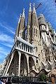 Basilique Sagrada Familia façade sud ouest Barcelone 11.jpg
