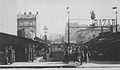 Bazar Różyckiego przed wojną wejście od strony ul. Ząbkowskiej.jpg
