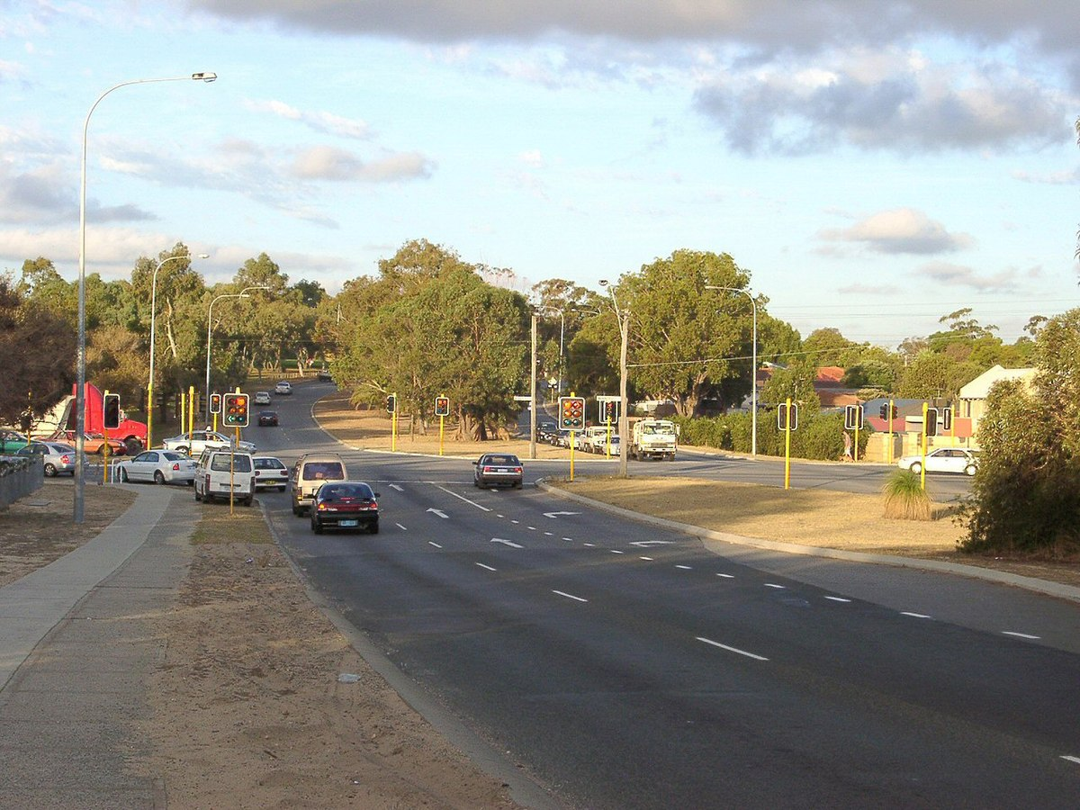 Beach Road, Perth - Wikipedia