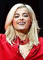 Bebe Rexha live at Staples Center, Los Angeles 08 (cropped).jpg