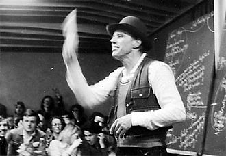 Performance by Joseph Beuys, 1978: Everyone an artist - On the way to the libertarian form of the social organism. BeuysAchberg78.jpg