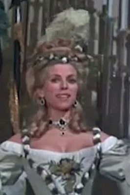"Billie Whitelaw in ""Start the Revolution Without Me"" (1970)"
