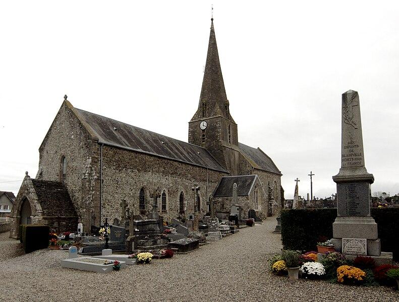 L'église romane de Blainville-sur-Mer, Manche.