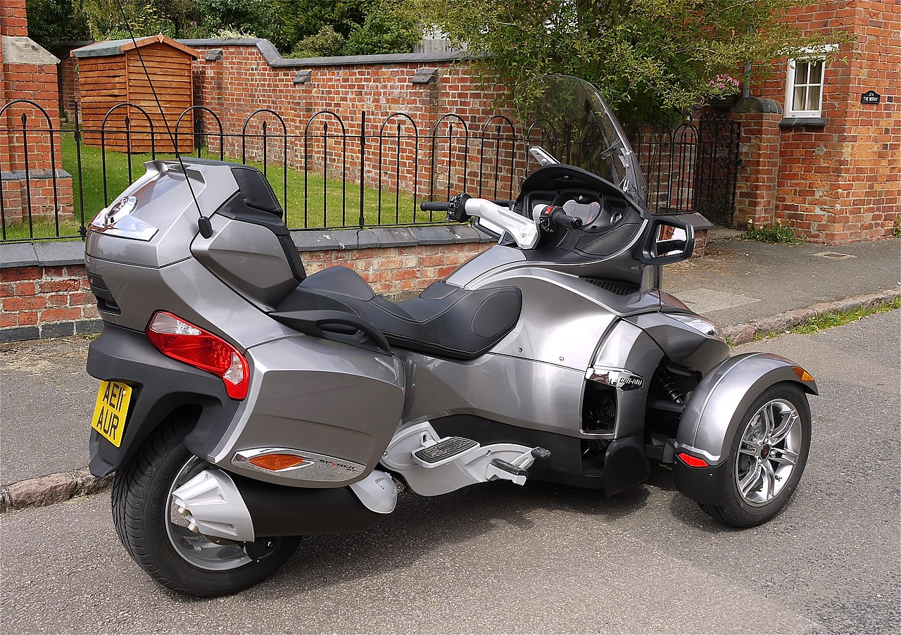file bombardier can am spyder trike flickr mick lumix 3 jpg wikimedia commons. Black Bedroom Furniture Sets. Home Design Ideas