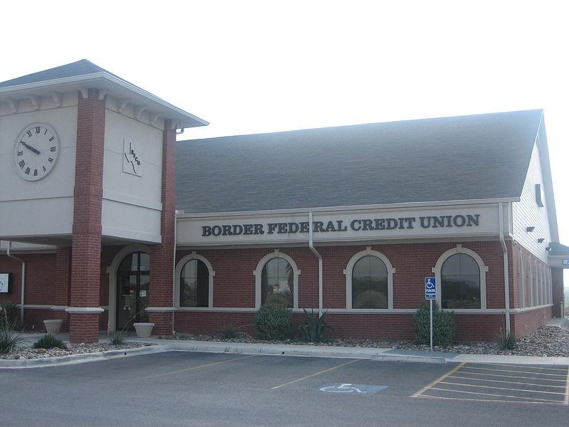 File:Border Federal Credit Union, Eagle Pass, TX IMG 0428.JPG
