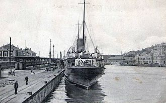Battle of Boulogne (1940) - Image: Boulogne gare maritime bateau cpa