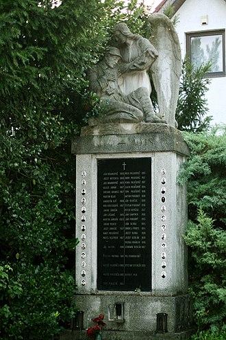 Dúbravka, Bratislava - Image: Bratislava Dubravka 3Pamatnik obetiam 1 svetovej vojny