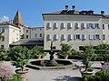 Bressanone, giardino di corte 04.JPG