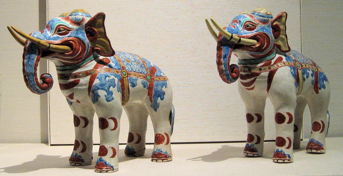 Kakiemon elephants (British Museum) - Wikipedia