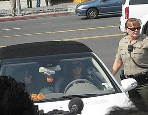 Britney Spears - Spears leaving court surrounded by press in October 2007