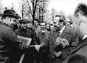 Bundesarchiv Bild 183-M0418-0033, LPG Wartenberg, Auszeichnung eines Kollektivs