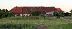 Byhlener Dorfstrasse Stallscheune 01.JPG