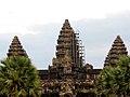 Cambodia 08 - 050 - Angkor Wat (3225020880).jpg