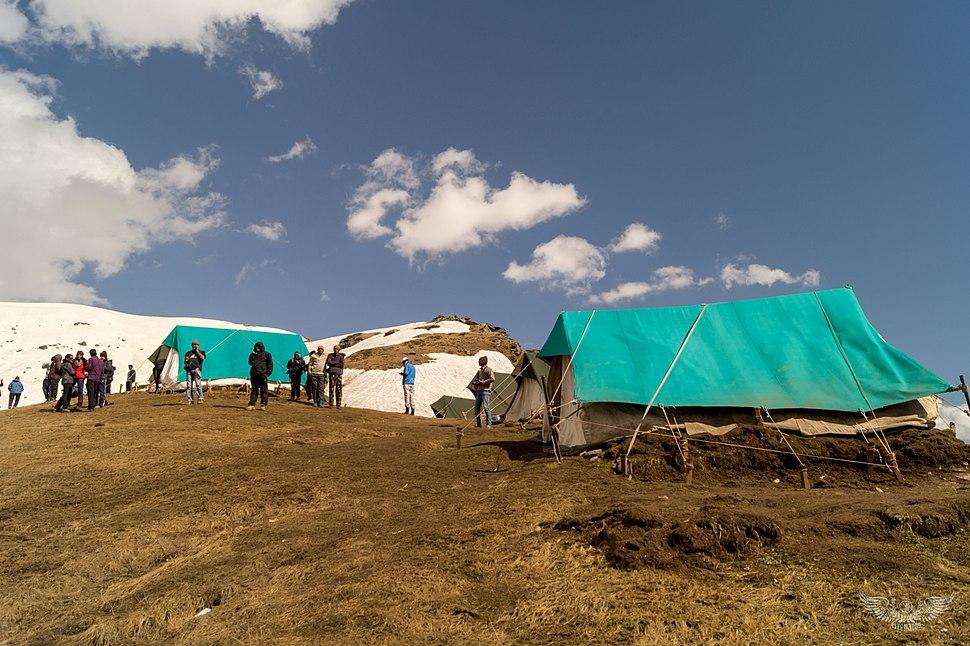 Camp-nagaru