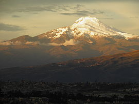 Cayambe y Quito.JPG