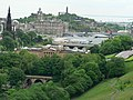Central Edinburgh viewed from Castle 2005-06-17.jpg