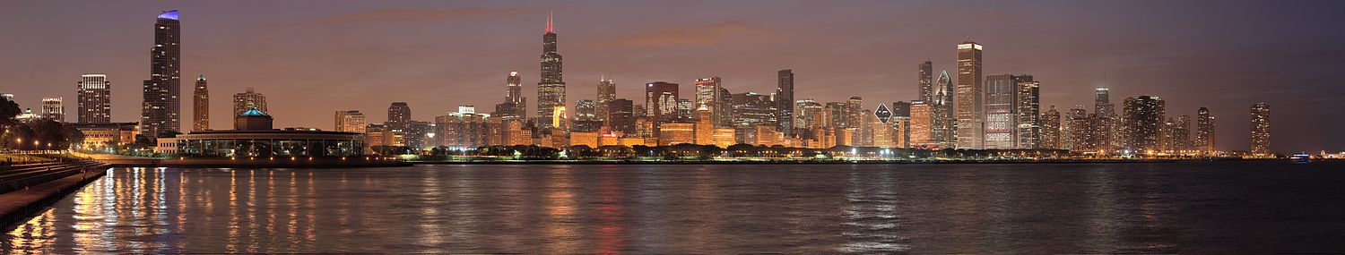 Chicago night pano.jpg