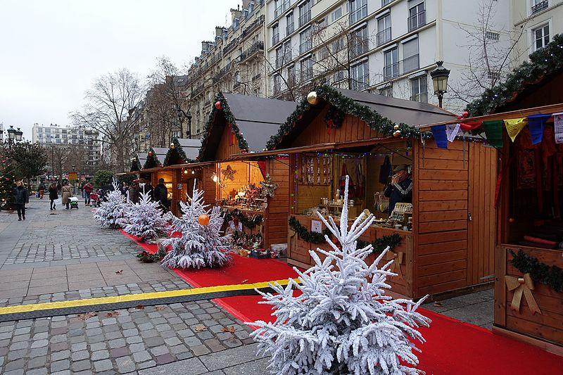 Nevaem Paris em dezembro