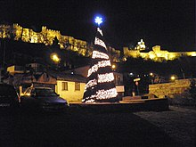 Christmas tree in Veliko Tarnovo.jpg