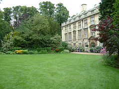 Christs Fellows Bldg-Garden.jpg