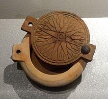 Egitto, 1539-1292 a.C., contenitore circolare per cosmetici