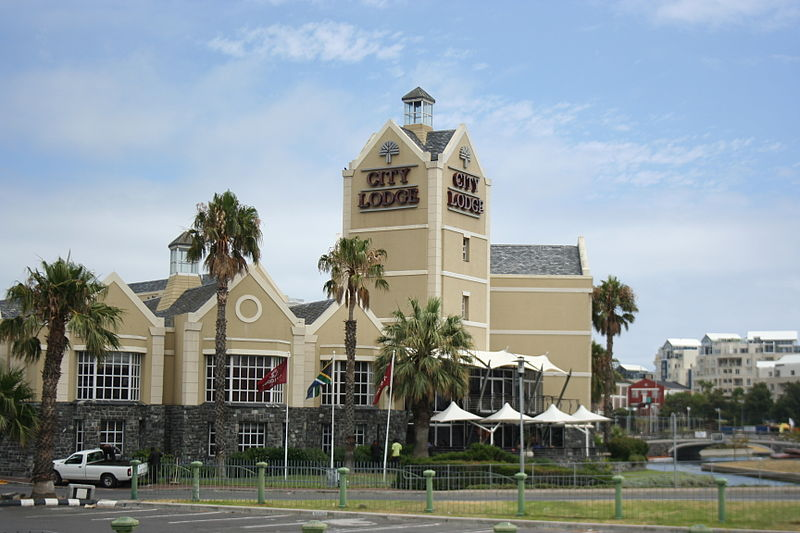 File:City Lodge, Cape Town.JPG