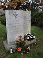 Cmentarz na Wałbrzyskiej - 07.jpg