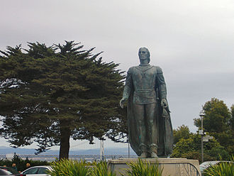 Pioneer Park (San Francisco) - Statue of Christopher Columbus within the park