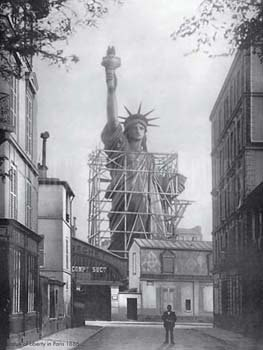 Construction-of-Statue-of-Liberty-10