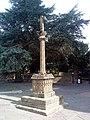 Cross by the church - geograph.org.uk - 2051310.jpg